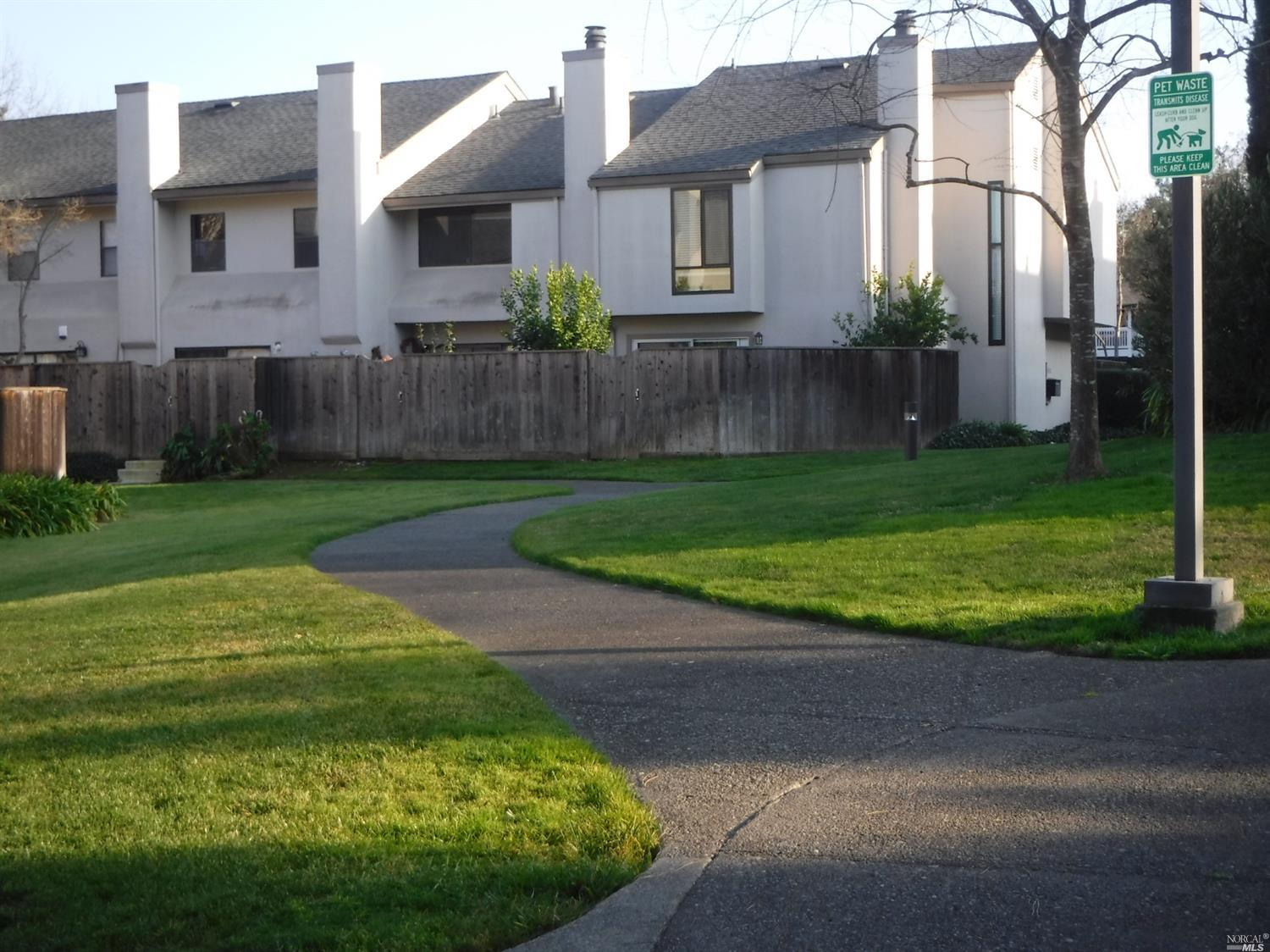 Desirable Shelter Creek end unit condo. One of the largest floor plan in complex. Close to clubhouse