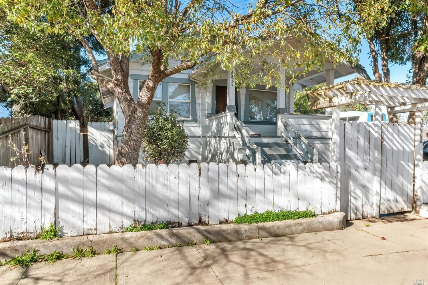 Incredible Investor Opportunity. Multi-Unit property.  Houses will be sold as is condition.  With some TLC, these two could be amazing.  Spacious back yards.  One APN for both units. Two PG&E meters. See Virtual Tour Link here:  https://we.tl/t-3U5Ru9cD1J