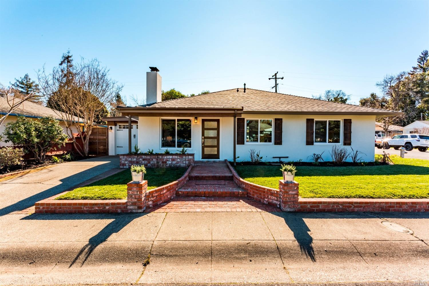 Come experience the Napa Valley lifestyle in this high-end completely remodeled masterpiece. From th
