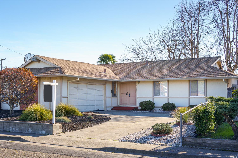 1536 Colwood Dr, Petaluma, CA, 94954