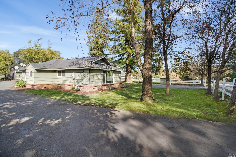 555 557 Highland Ave, Penngrove, CA, 94951