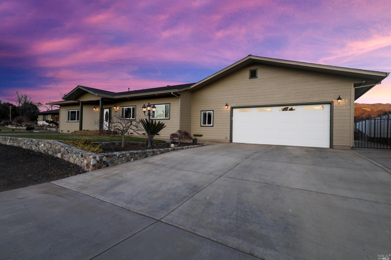 Photo of 2000 Sanford Ranch Road, Ukiah, CA 95482