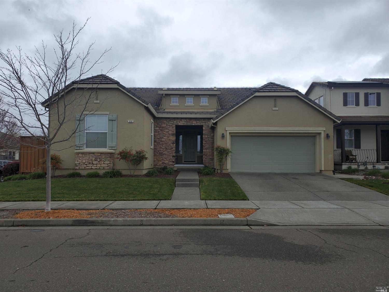 Beautiful home in Vintana!!!  Come see this home with an amazing curb appeal.  Large entry leads to open living room with electric fireplace and large windows overlooking the backyard.  Kitchen comes with beautiful recessed lighting, under cabinet lighting, kitchen nook, granite stone countertops, gas cooktop, wall oven, built-in microwave, dishwasher and wine fridge(refrigerator is not included).  Large formal dining room.  Master bedroom comes with a private and spacious bathroom with separate shower, tub area and walk-in closet.  Two large bedrooms and an office!  Backyard features a concrete patio, beautiful awning and landscaping all around.  Two car garage.  Landscaping included.  12-month lease agreement.   Sorry, no pets.