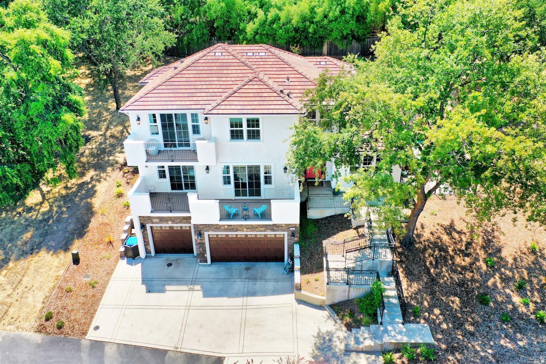Photo of 2054 Zinfandel Court, Vacaville, CA 95688