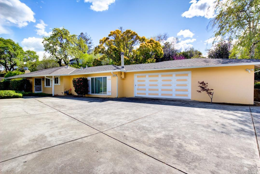 Photo of 5924 Vista Loop, San Jose, CA 95124