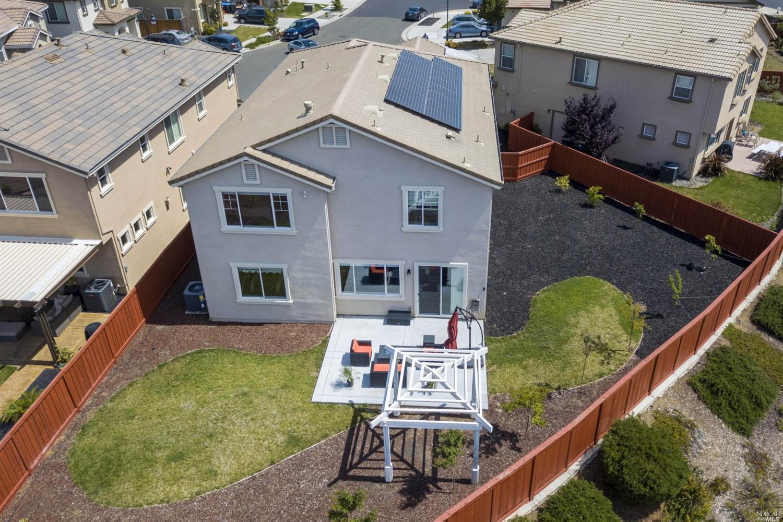 2077 Morgan Ct, Fairfield, CA 94534