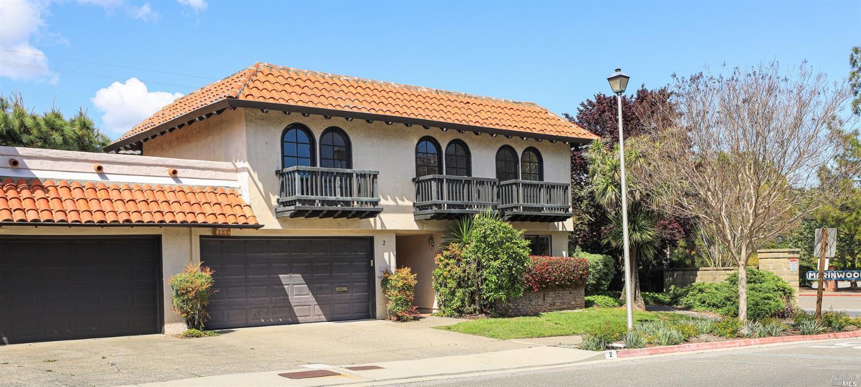 Photo of 2 Grande Paseo Way, San Rafael, CA 94903