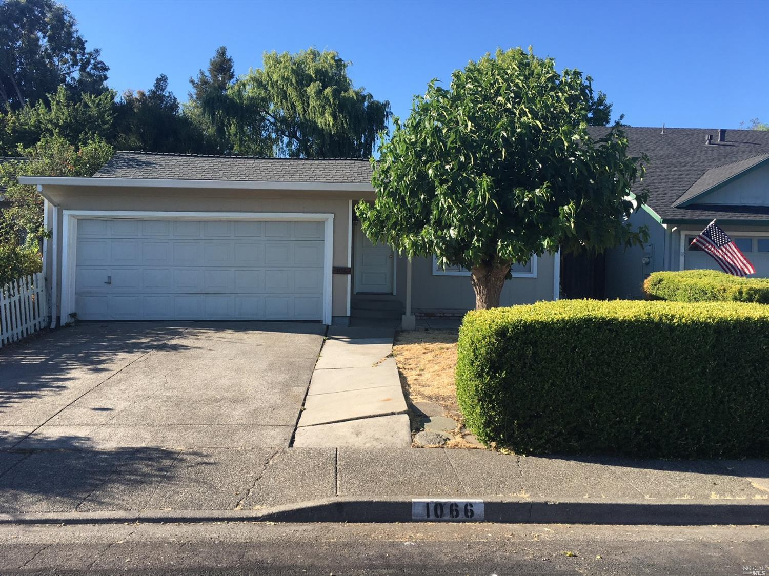 Look! Price Reduced! This is a must see property. Four Bedrooms Two Baths, close to SSU and transportation. Refrigerator, Washer, Dryer and Landscaping included.   Co-signers welcome. Available June 1.  Sorry, no pets allowed.
