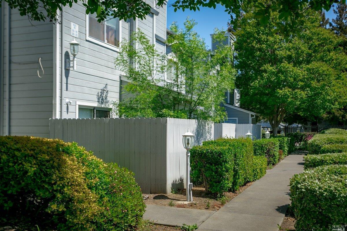 1850 Blossom Ave, Fairfield, CA, 94533