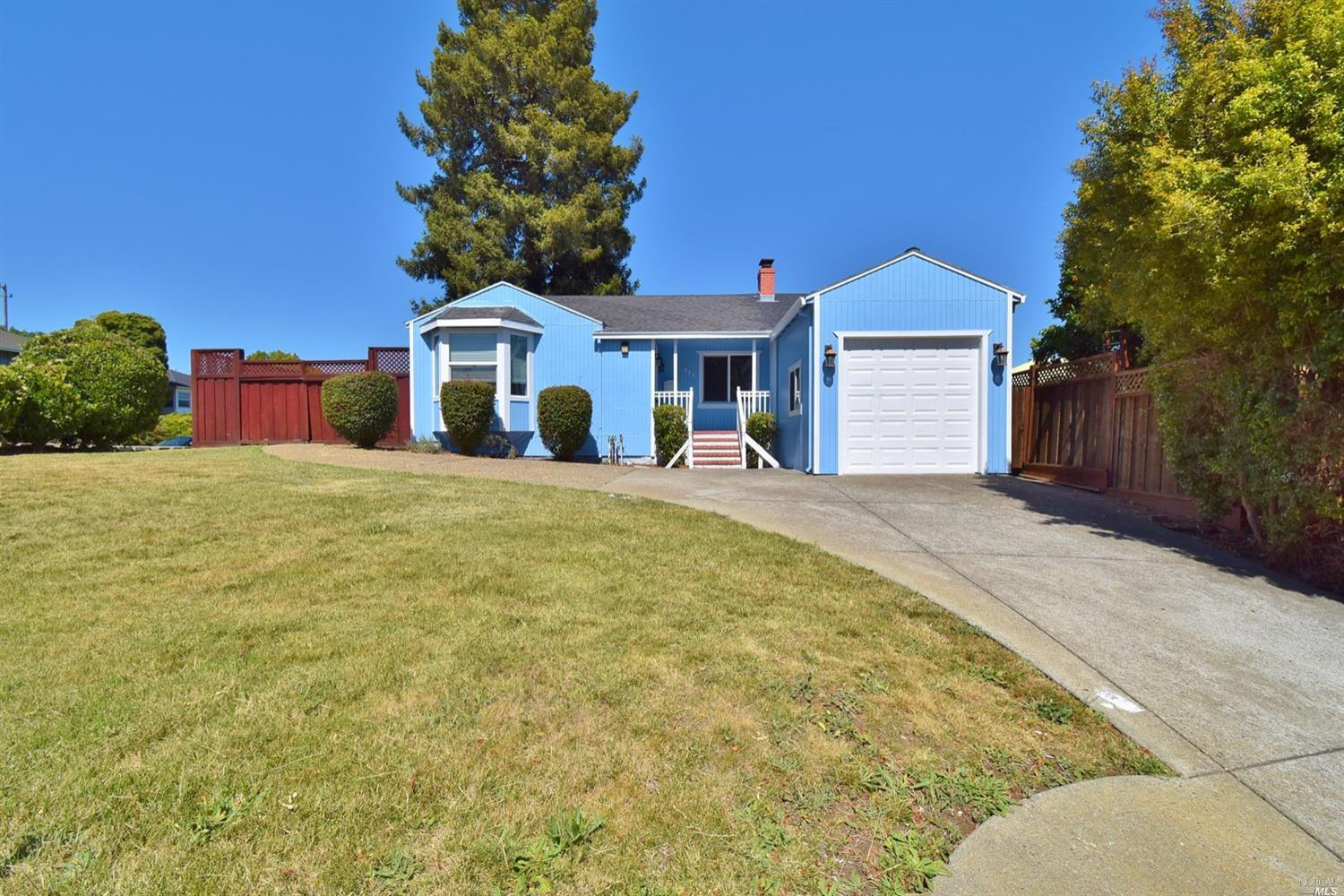 Cute 3 bedroom, 2 bath ranch style home on large corner lot in great neighborhood. Features include