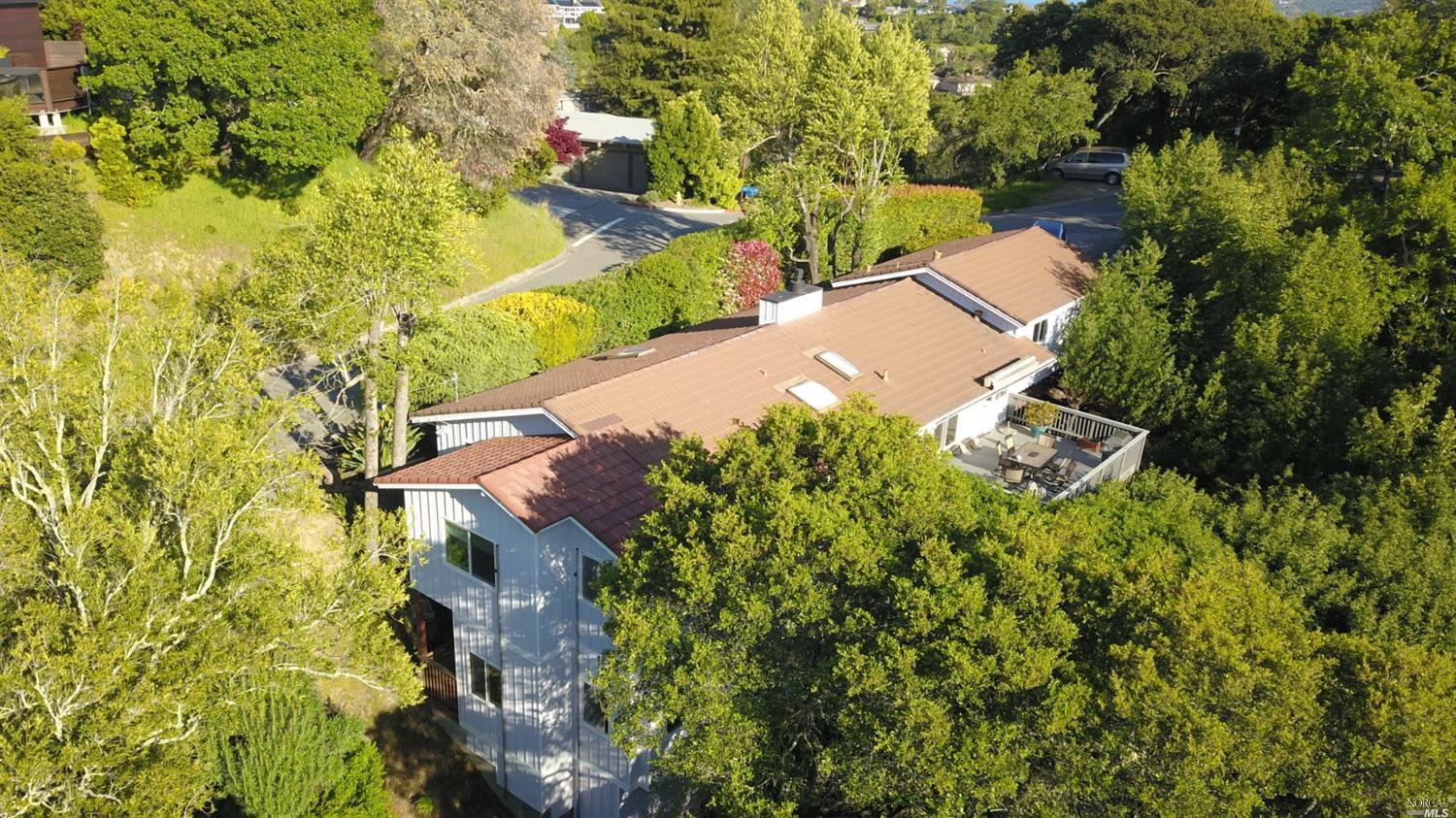 Photo of 295 Vista Grande, Greenbrae, CA 94904