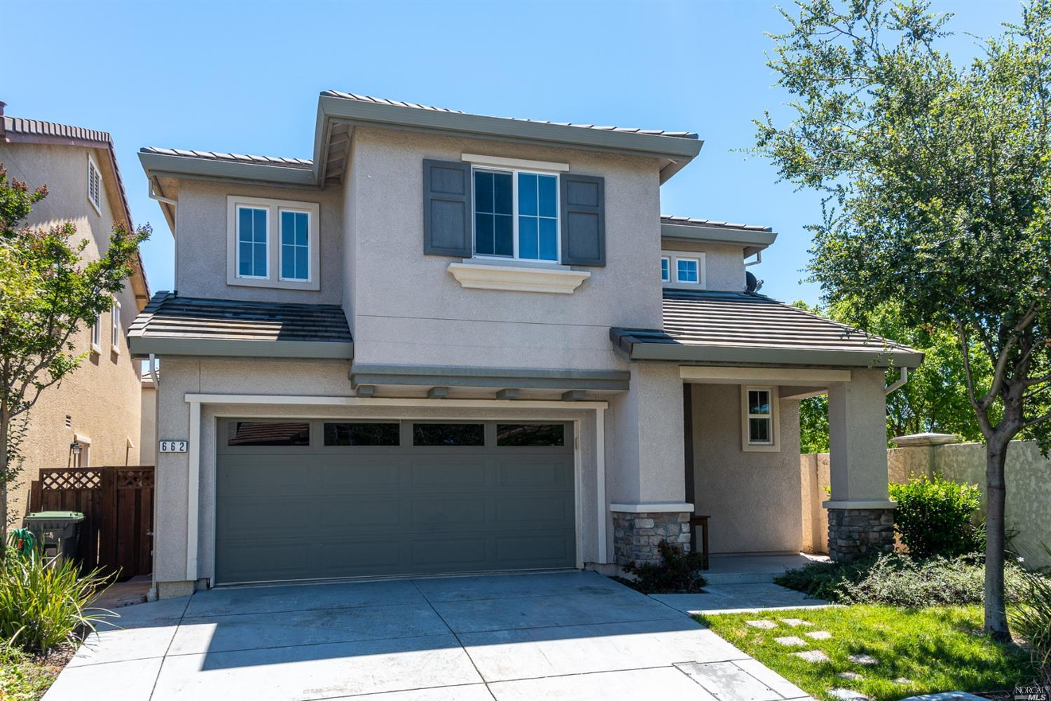 Quiet home at the end of a cul-de-sac.  This ready to move in 3 BR, 2 1/2 BA 1,722 sq ft home offers