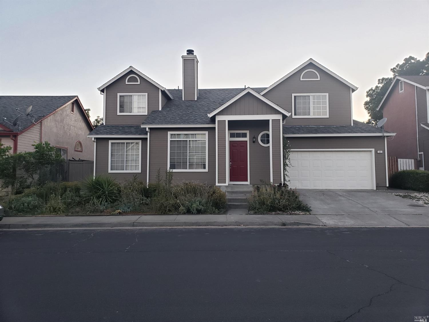 See this stunning and lovely four (4) bedrooms and two (2) and a half bathrooms in Suisun City! It is ready to move in. It has beautiful succulent garden in the front yard and check the mini vineyard garden in the backyard! You can enjoy and relax a two sided fireplace in between formal living room and family room. Brand new installed electric stove. Patio was fully enclosed and can be used as a playroom or a sun room.