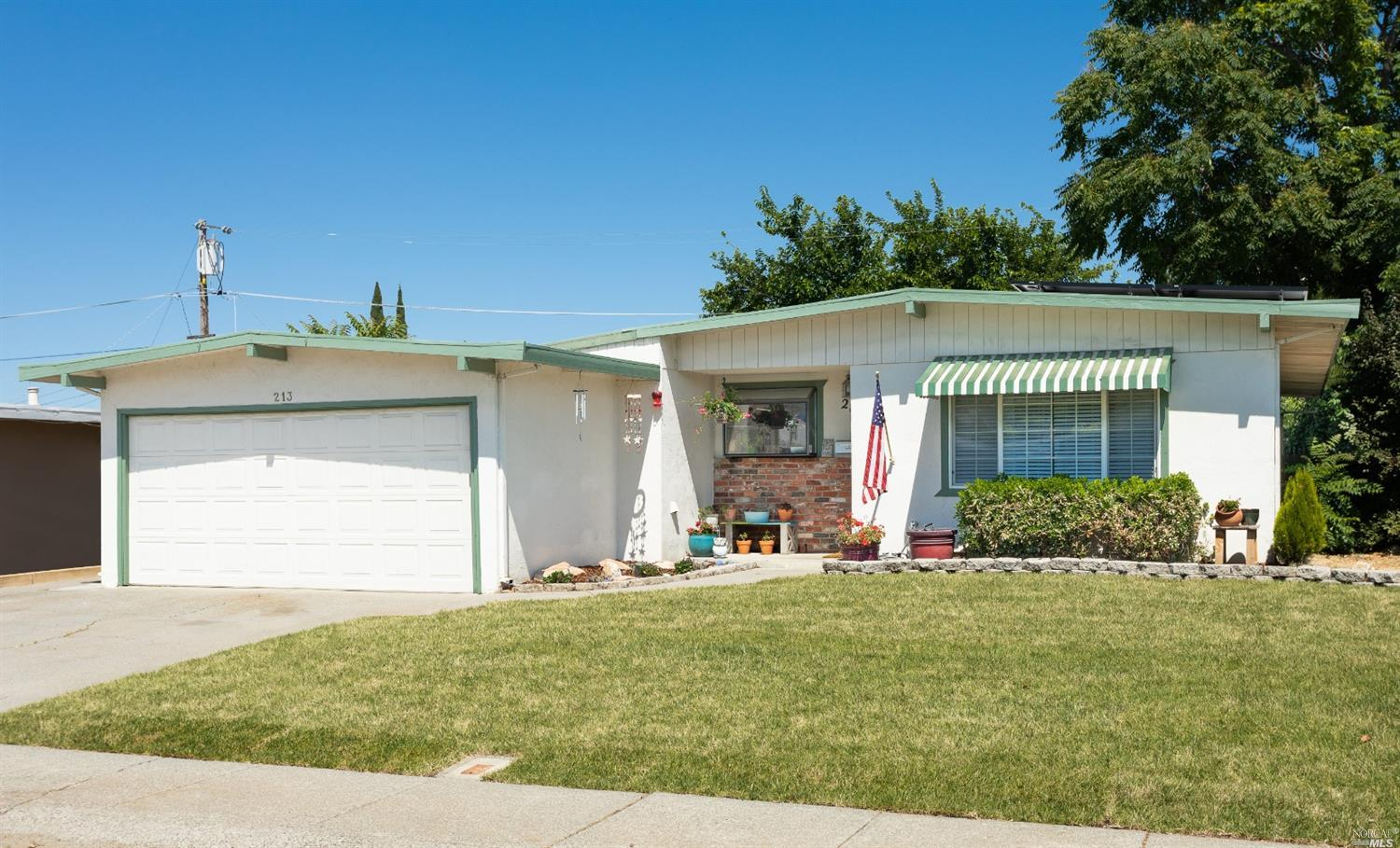 Photo of 213 Madrone Street, Vacaville, CA 95688