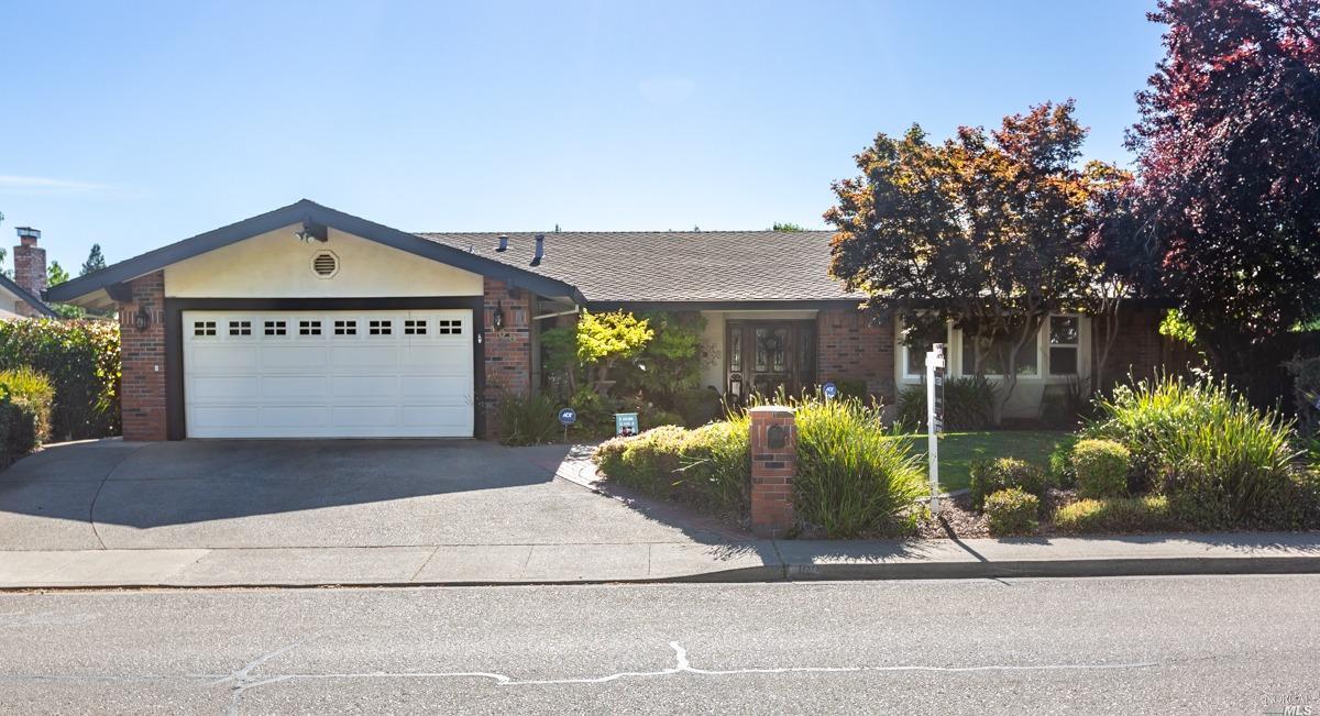 100 S Lincoln St, Dixon, CA, 95620