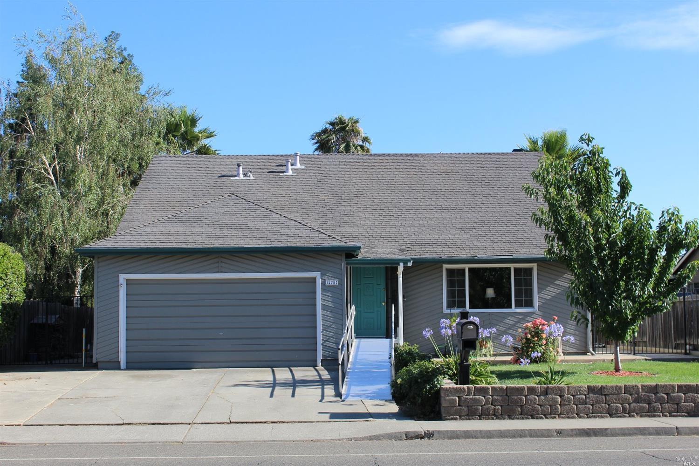 1275 W H St, Dixon, CA, 95620