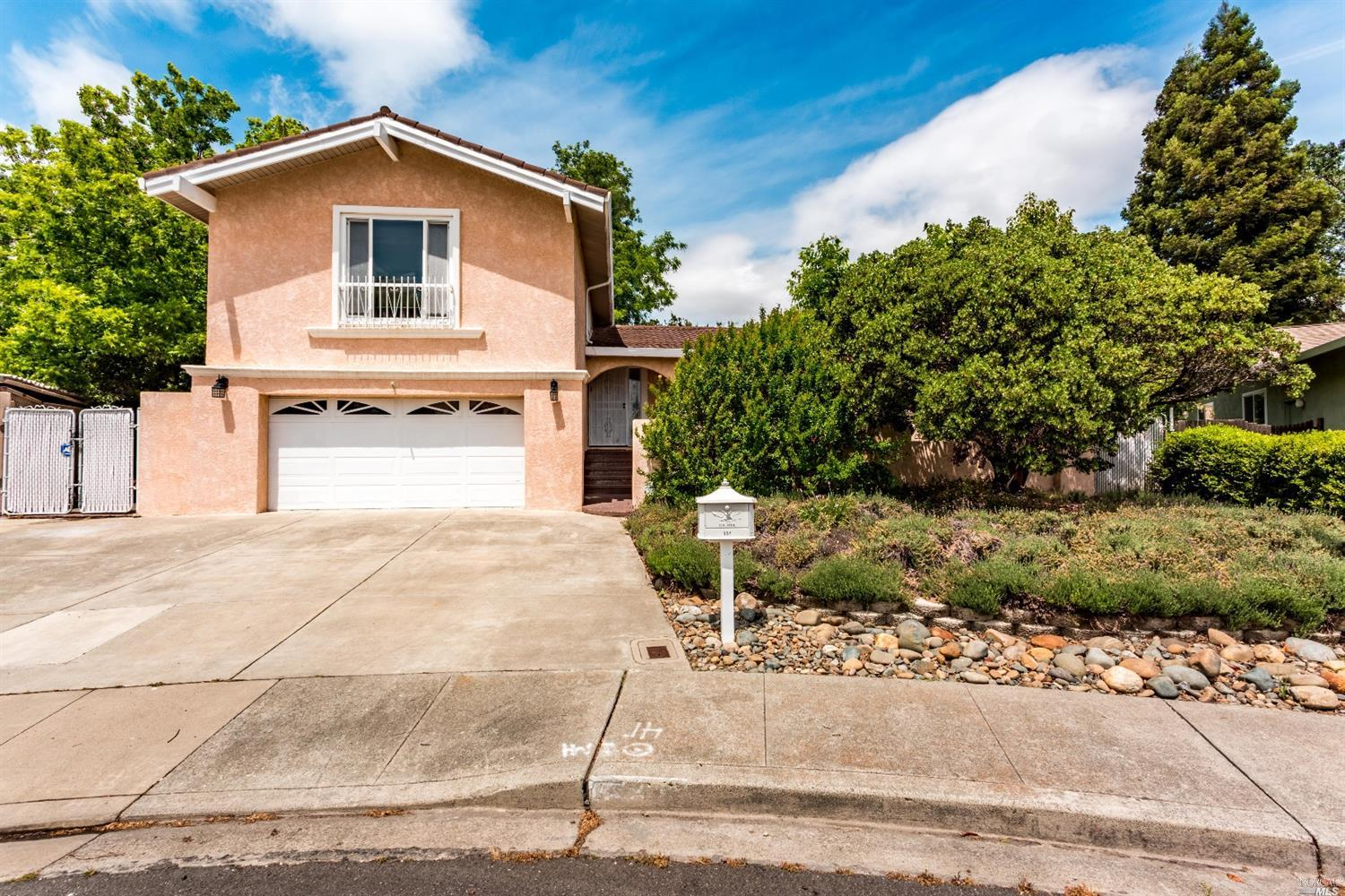 Photo of 537 Corte Gonzales Court, Vacaville, CA 95688