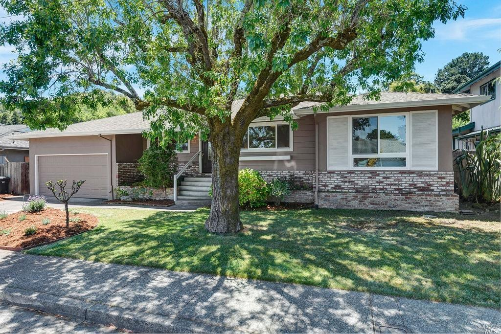Photo of 265 Tulane Drive, Larkspur, CA 94939