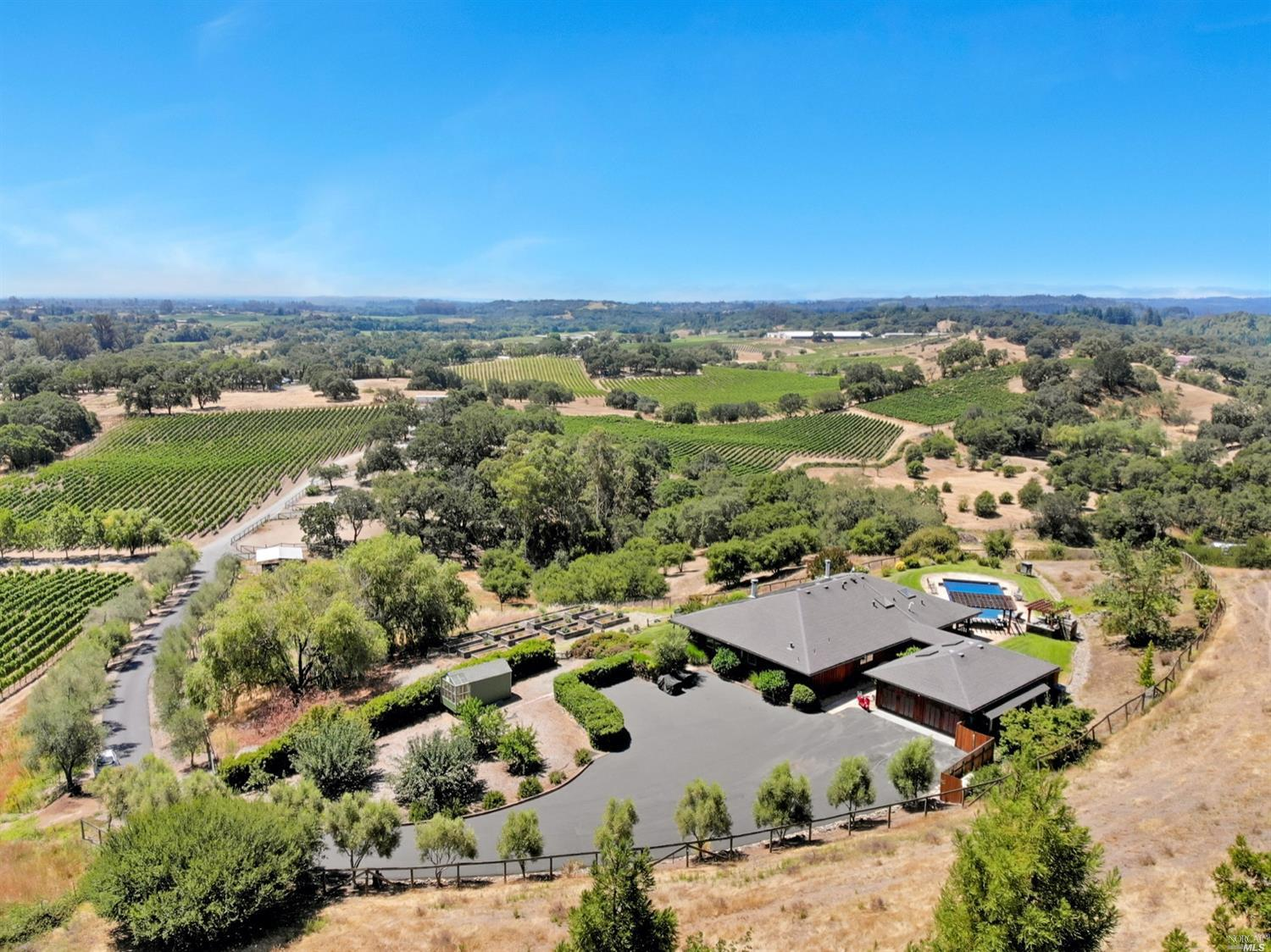 Photo of 7990 Eastside Road, Healdsburg, CA 95448