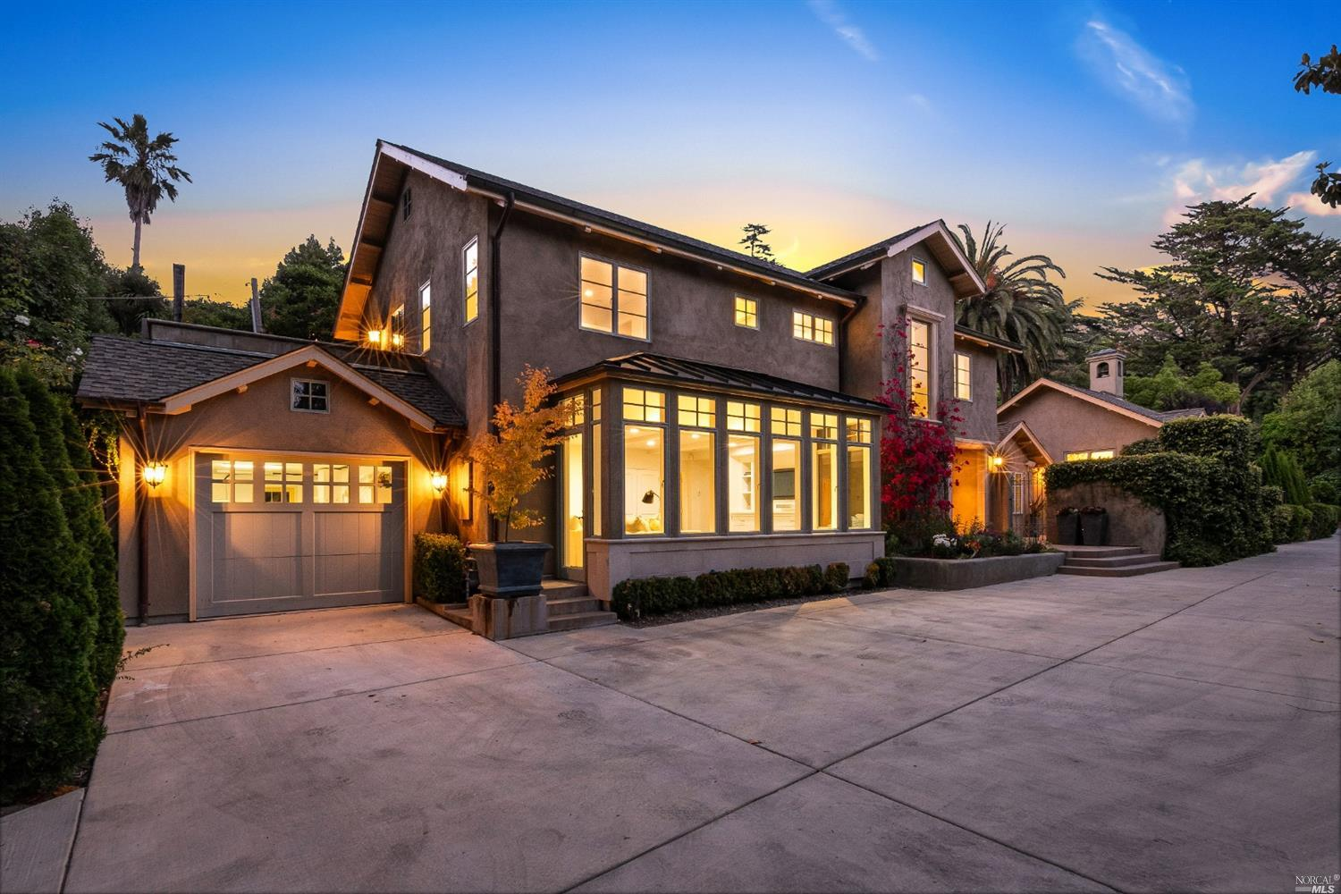Photo of 298 Oakdale Avenue, Mill Valley, CA 94941