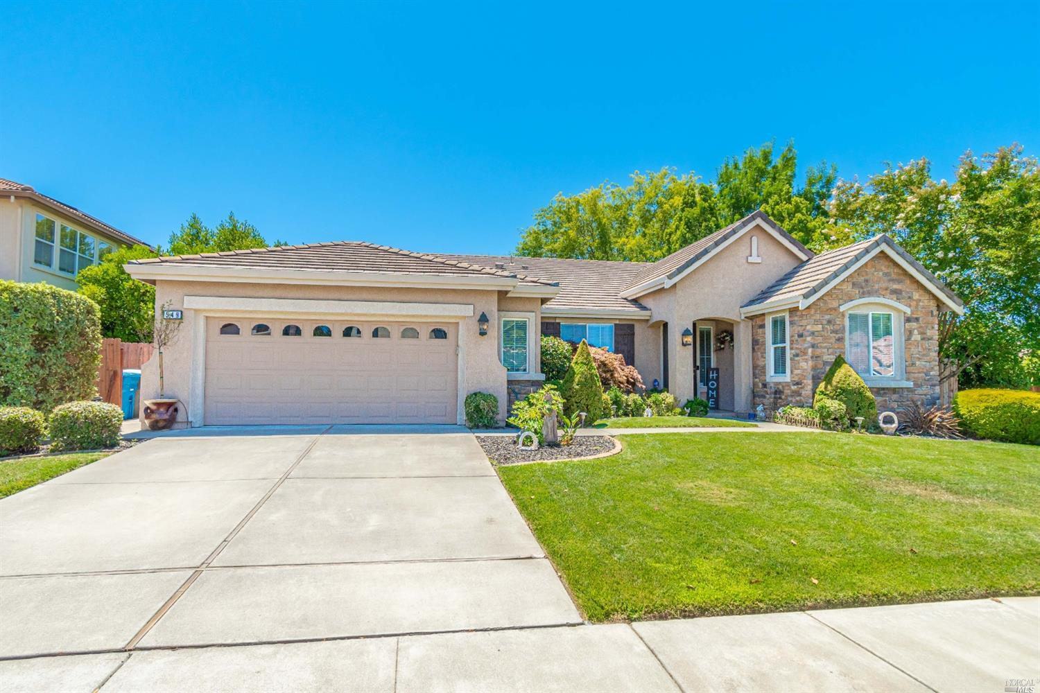 Beautiful single story home in popular location! Feel right at home in this spacious 3 bedroom 3 bat