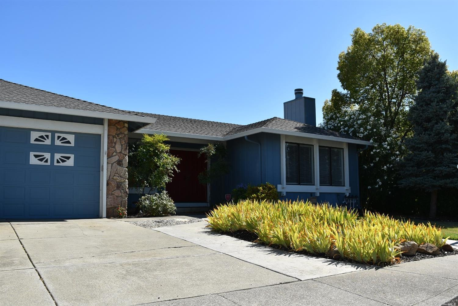Photo of 1405 Klamath Drive, Suisun City, CA 94585