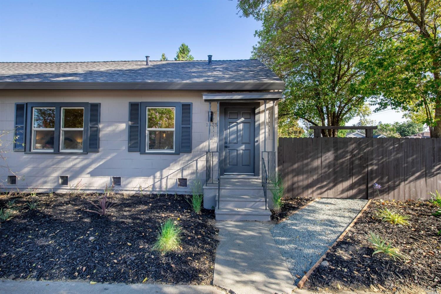 Napa living at its finest! This beautifully renovated single level two bedroom, one bathroom duplex is just minutes from Downtown Napa.  All new appliances including washer, dryer, refrigerator, dishwasher, gas range and microwave. Refinished hardwood floors, beautifully updated kitchen with quartz countertops, air conditioning, single car garage and landscaped backyard. Call today to schedule your showing.