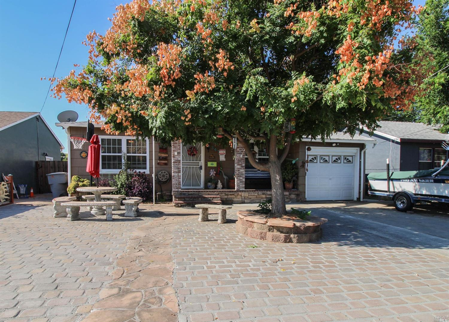 341 Walnut Ave, Vacaville, CA, 95688