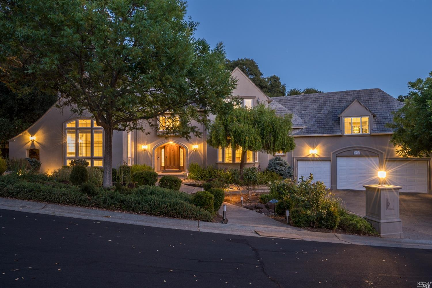 Discover the beauty & tranquility of this one of a kind home in Eastridge.  Upon entering you are ca
