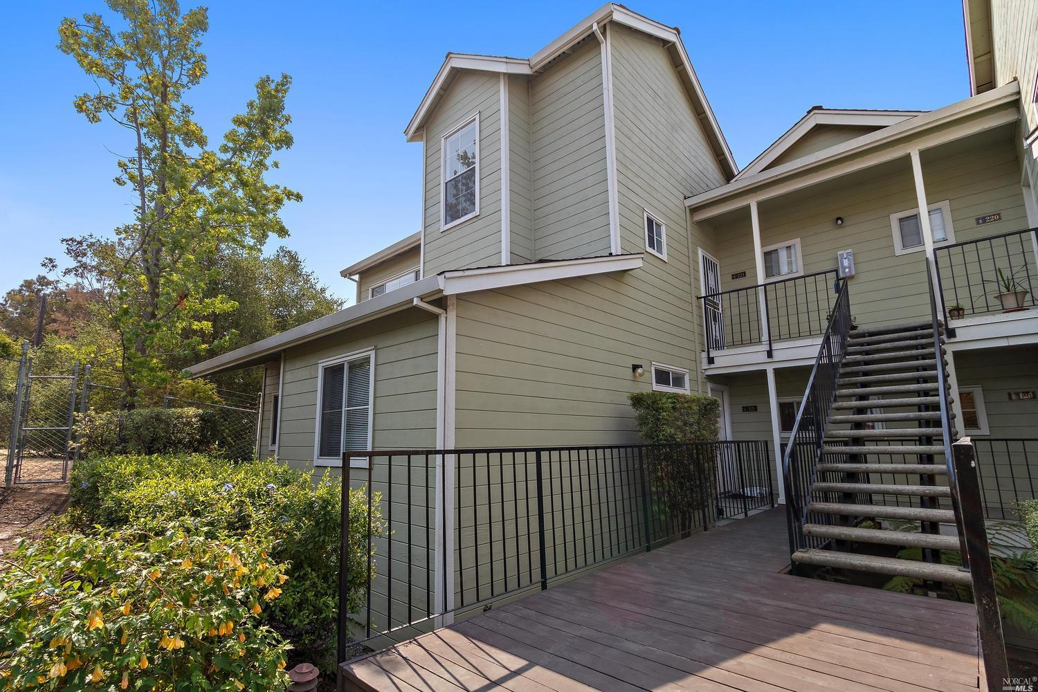Welcome Home to your Water View retreat. Benicia by The Bay, gateway to The Napa Valley Wine Country, one of the Bay Area's hidden treasures. This one bedroom end unit, upper level home hosts a loft that functions as the master or a cozy guest bedroom. Walking distance to the creative arts community, shoreline, Marina, downtown restaurants & Farmers Market. Enjoy a less stressful place to live and to work... if you must. Your own spa and gym are right at home. Open concept, plenty of light, stainless appliances, vaulted ceiling, and a fireplace to warm yourself on a cool evening offer all of the comforts you will ever want. Easy access to all places in Nor Cal and the SF Bay Area. Imagine yourself relaxing, morning cup of tea & your favorit