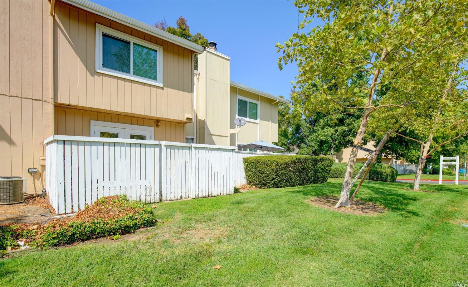 Spacious 3 Bed, 2.5 Bath 2 Story Condo conveniently located near Entry and Guest Parking.  This home
