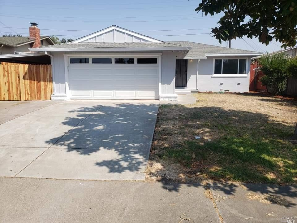 Great remodeled 3 bedroom house for the money! Upgrades galore! New floors, granite counters and sta