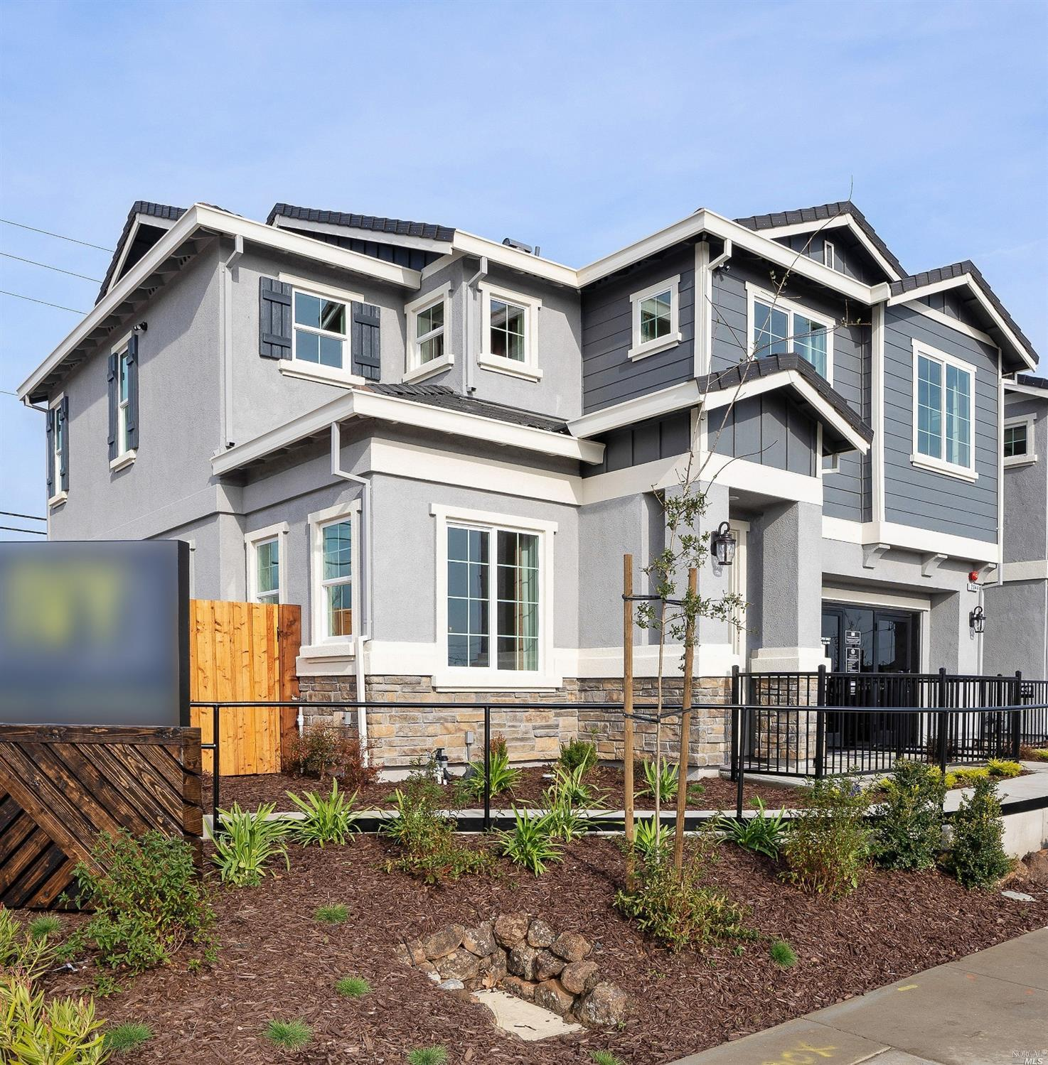 Ivy Crossing is a brand new collection of 111 single family homes, situated in the outskirts of Fair