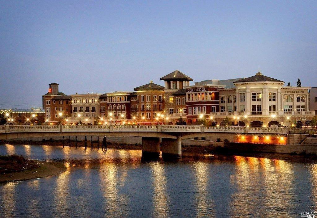 Luxury 2 Bedroom Riverfront of Napa Condo located on the 5th Street side of the building with views