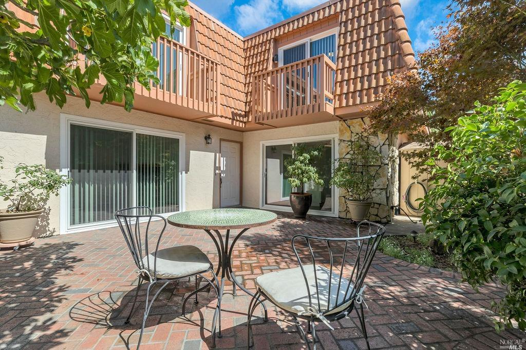 This extremely private flagship unit in desirable North Napa is within walking distance to shopping,