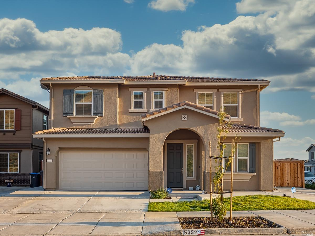 What a gorgeous home in a perfect setting near commute routes, Travis Air Force Base, shopping and d
