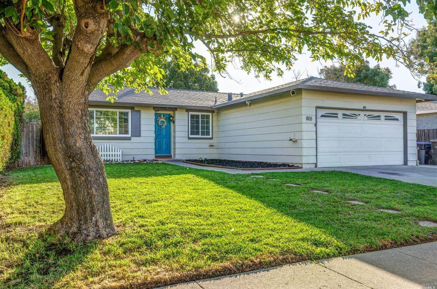 Beautifully remodeled single story will not disappoint. The shiplap entry welcomes you into this tas