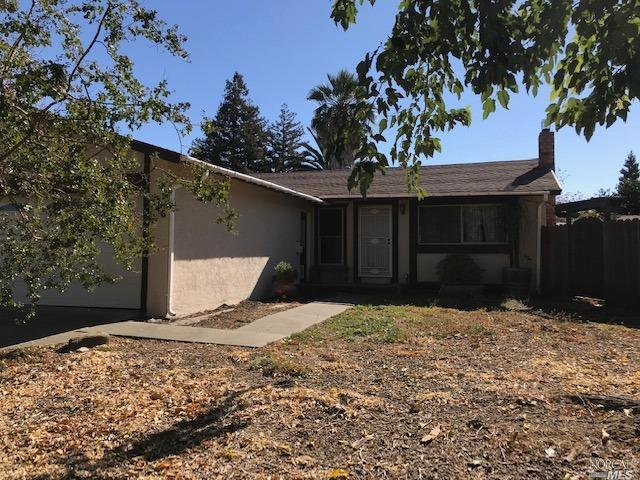 nice 3/1 with a Den has updated windows newer carpet updated bathroom. inside access to the garage,