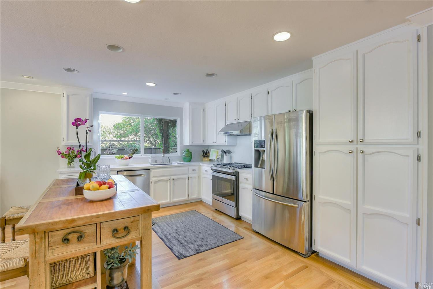 Listing 22025339 : 117  Sandpiper Circle, Corte Madera, CA, 94925  (photo 12)
