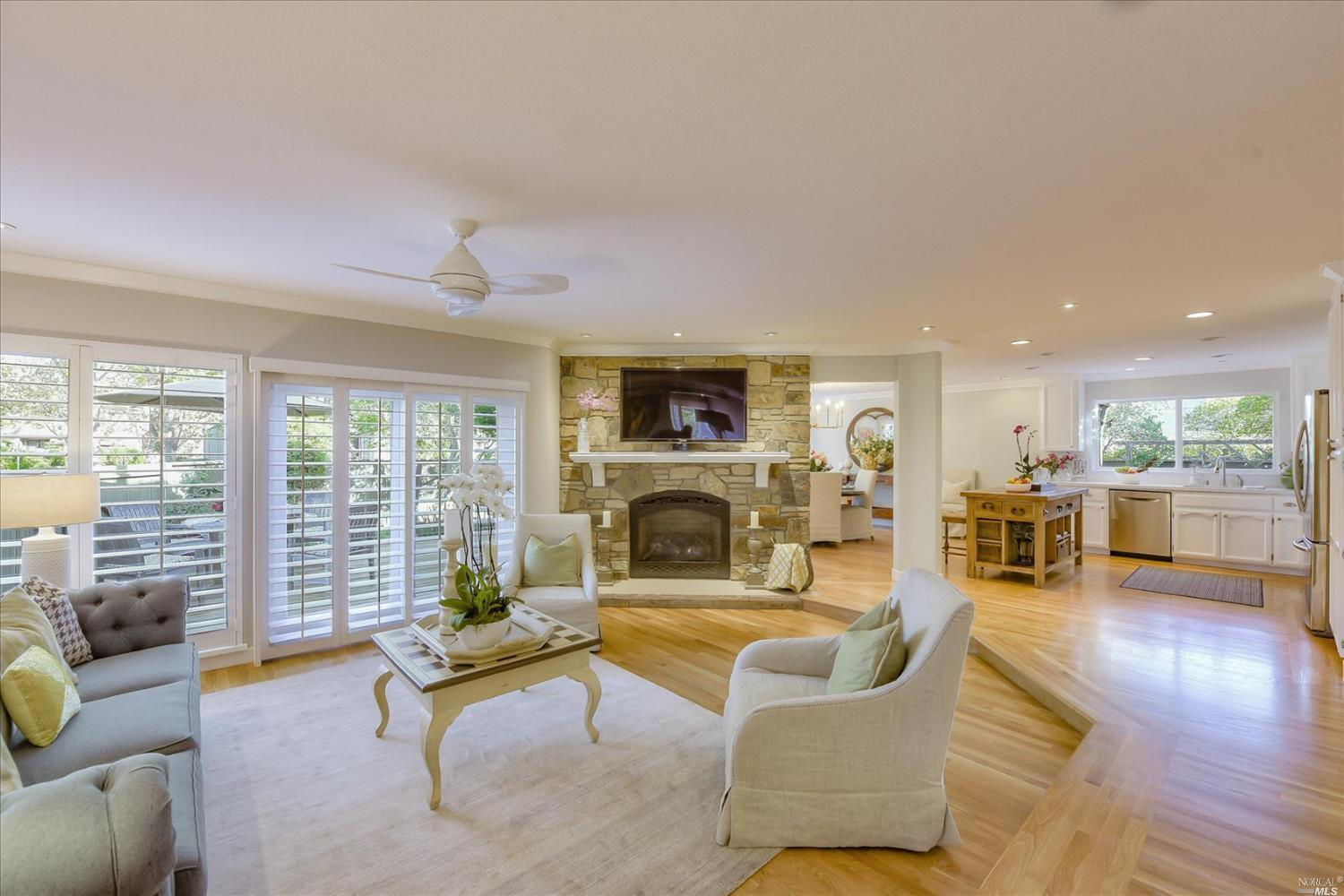 Listing 22025339 : 117  Sandpiper Circle, Corte Madera, CA, 94925  (photo 9)
