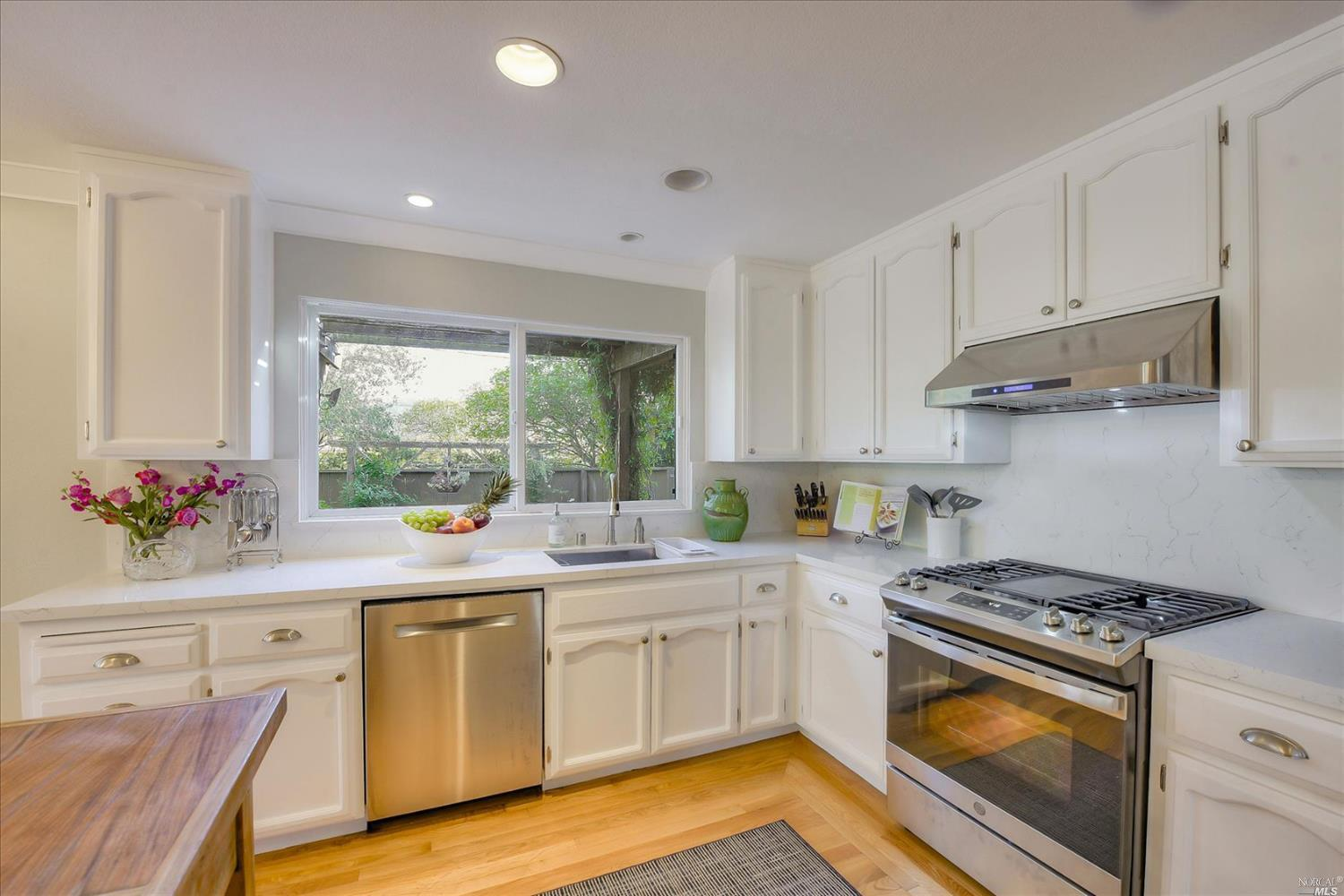 Listing 22025339 : 117  Sandpiper Circle, Corte Madera, CA, 94925  (photo 11)
