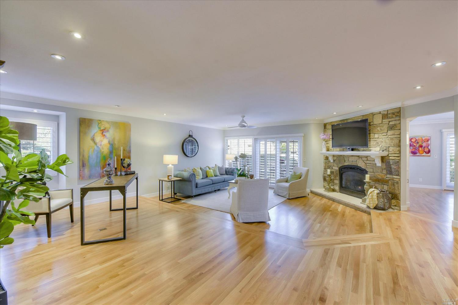 Listing 22025339 : 117  Sandpiper Circle, Corte Madera, CA, 94925  (photo 5)