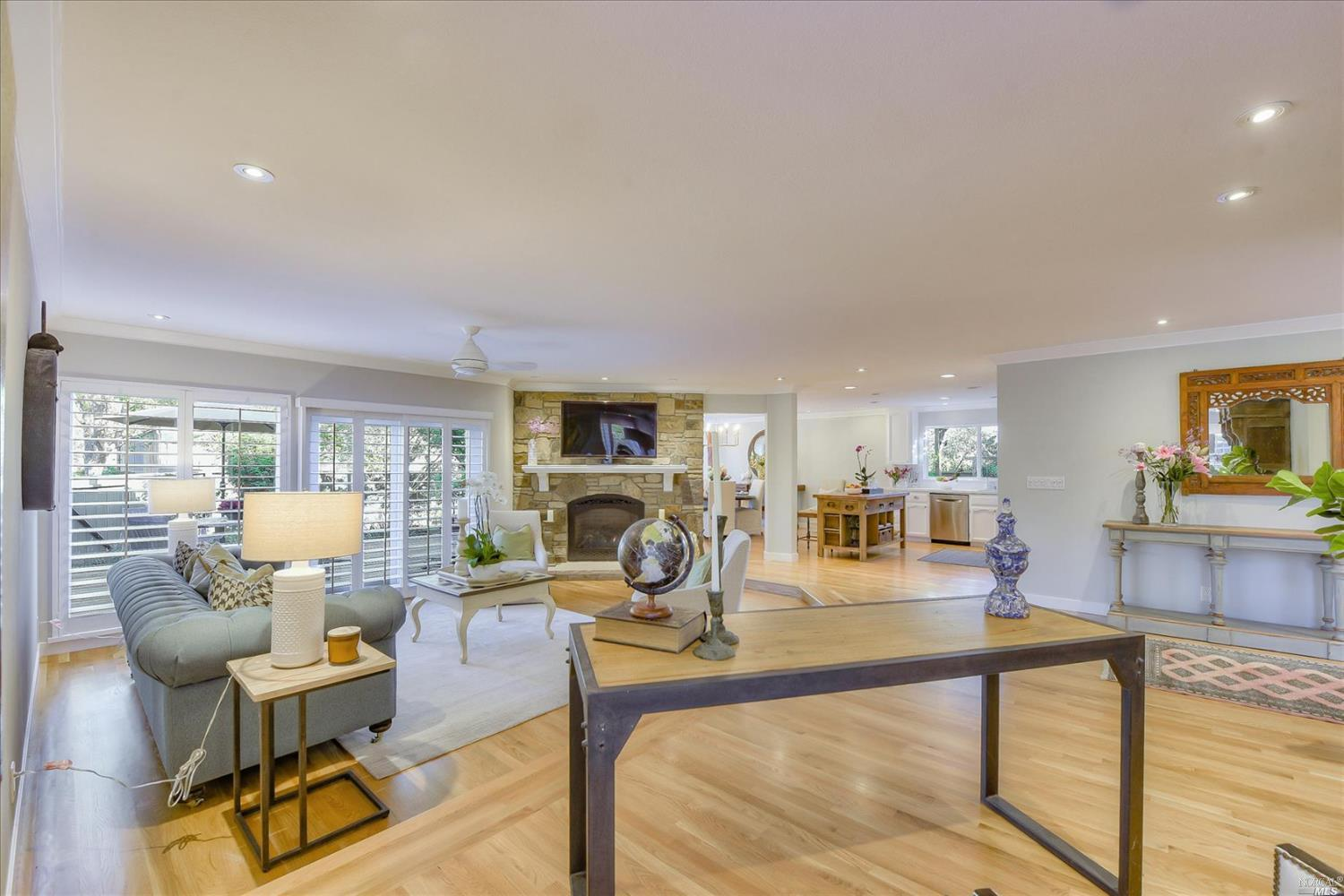 Listing 22025339 : 117  Sandpiper Circle, Corte Madera, CA, 94925  (photo 8)