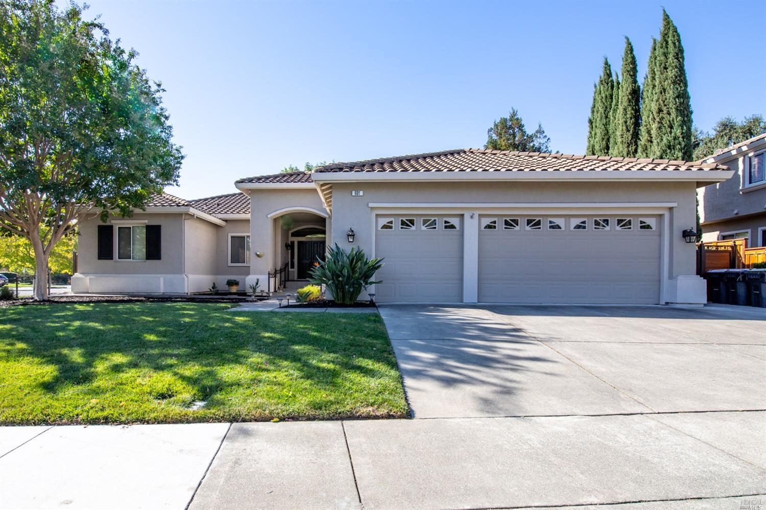 The one you have been waiting for! Vintage Green Valley single level home on a generous corner lot.