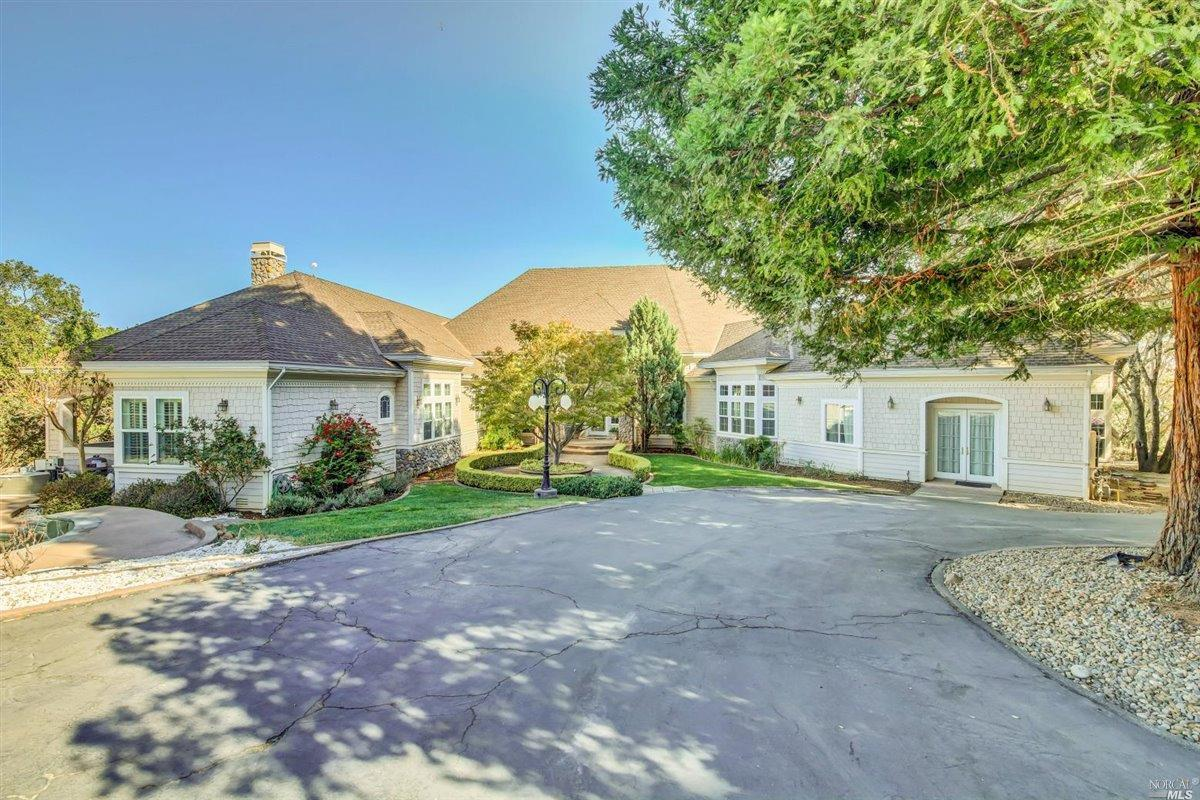 Photo of 105 Siebe Drive, Fairfield, CA 94534