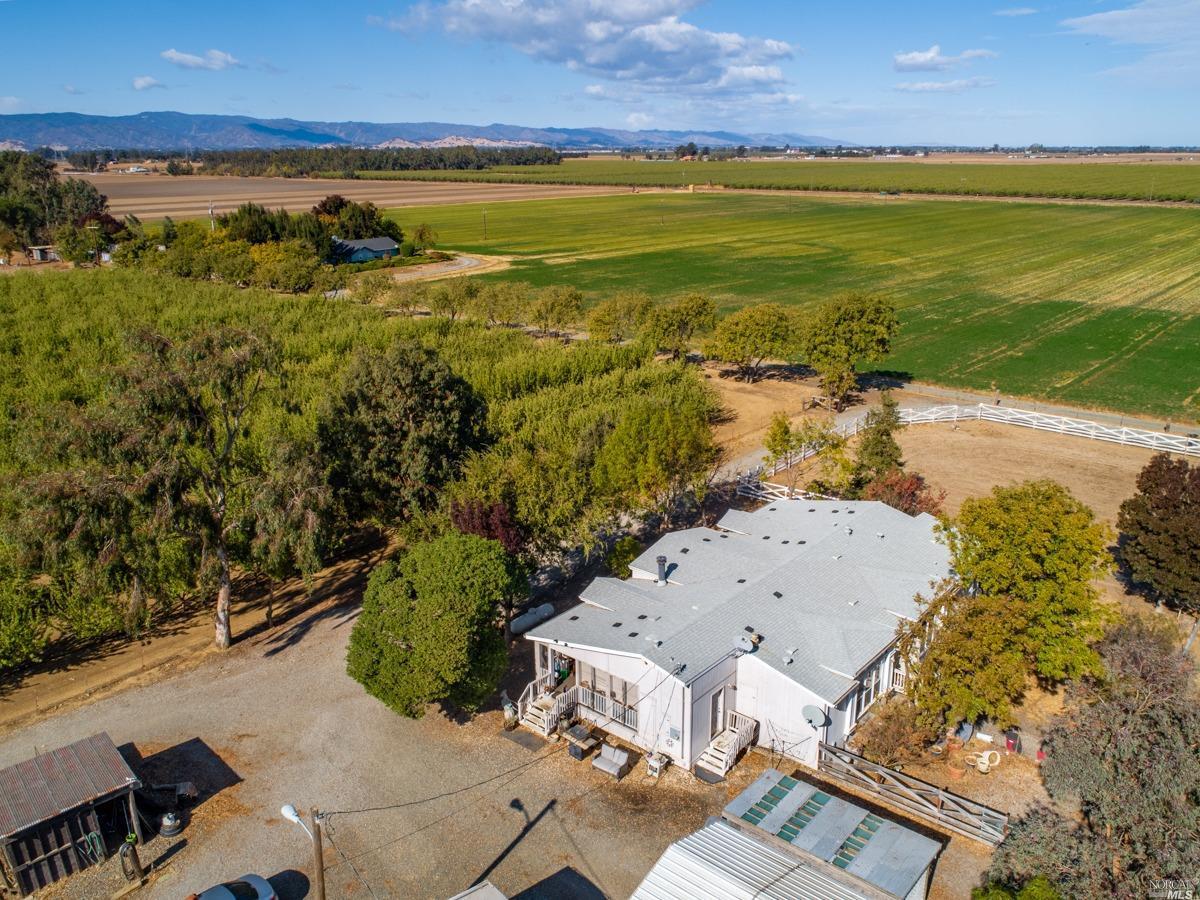 Photo of 5365 Box R Ranch Road, Vacaville, CA 95687