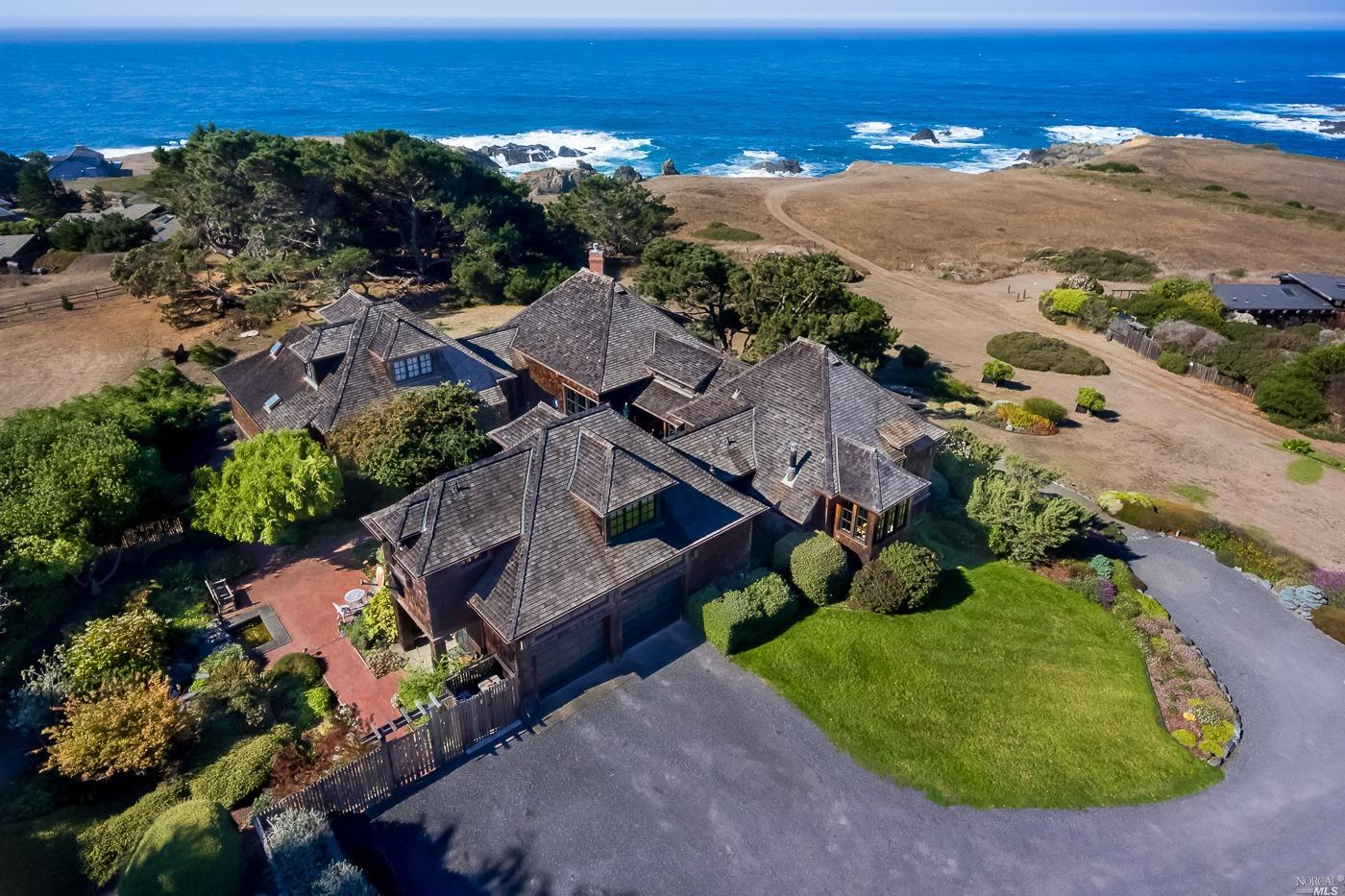 Photo of 45451 Drifters Reef Road, Mendocino, CA 95460