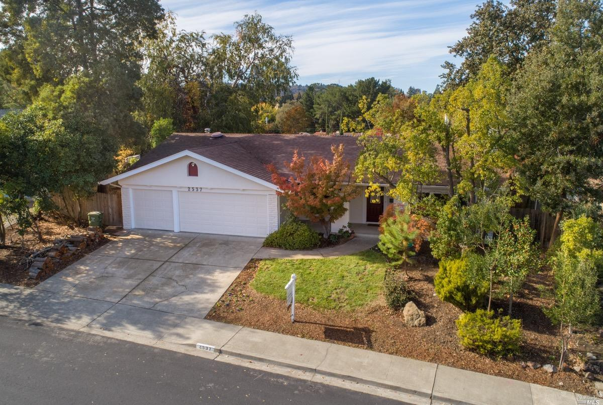 Photo of 2537 Lariat Lane, Walnut Creek, CA 94596