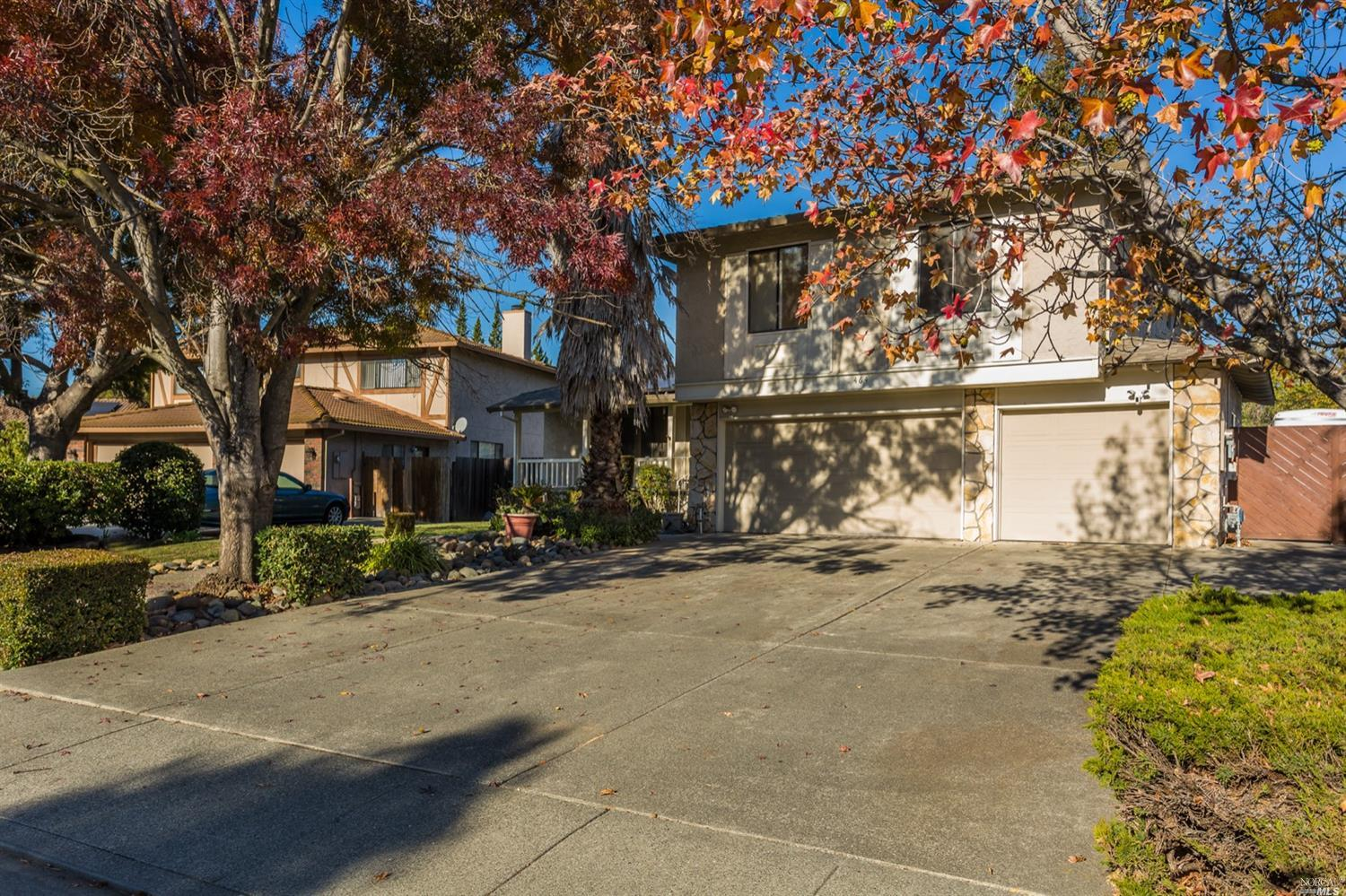 Welcome Home! You are invited to view 464 Americano Way, located just a few blocks away from one of