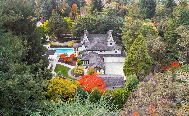 Photo of 1 Garden Road, Ross, CA 94957